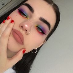 Spring Makeup Looks You Need To Try In Spring Makeup; Makeup Looks; Spring Makeup Looks You Need To Try In Spring Makeup; Makeup Looks; Spring Makeup Looks; Pink Eye Makeup, Makeup Eye Looks, Cute Makeup, Pretty Makeup, Eyeshadow Makeup, Makeup Brushes, Eyeshadow Brushes, Mac Makeup, Drugstore Makeup