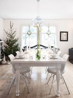 Dining room with christmas decoration