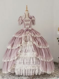 Old Fashion Dresses, Old Dresses, Vintage Dresses, Pretty Outfits, Pretty Dresses, Beautiful Dresses, Victorian Era Dresses, Victorian Fashion, Kawaii Fashion