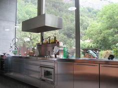 Wouldn't you love to cook in a kitchen with these windows!?