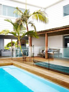 Built from scratch, this contemporary weatherboard house features a simple yet stylish beachy aesthetic with stunning ocean views. Glass Pool Fencing, Pool Fence, Backyard Fences, Fenced In Yard, Glass Fence, Pool Gazebo, Courtyard Pool, Stone Fence, Brick Fence