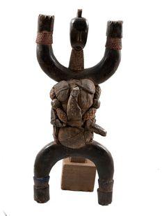 Old African Statue African Dolls, African Masks, African Artwork, African American Art, Wood Carving, Statues, Metal Working, Folk Art, Lion Sculpture
