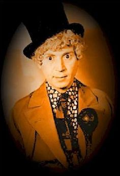 A beautiful tribute site to Harpo Marx. Hear Harpo talking and listen to Harpo play the harp. Find out why Harpo didn't speak onstage and much more! Old Film Stars, Movie Stars, Harpo Marx, Groucho Marx, Abbott And Costello, Classy People, Send In The Clowns, Beautiful Costumes, Actors & Actresses