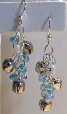 Jingle bell earrings...I need to make these for my mom!