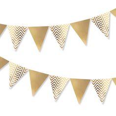 16,20€ Luxuriöse schicke Gold Glänzende Wimpelkette mit Weißem Chevron-Muster  Diese super schicke Gold-Glänzend Weiße Wimpel-Girlande ist eine tolle Raum-Dekoration für Hochzeiten, Taufen,...