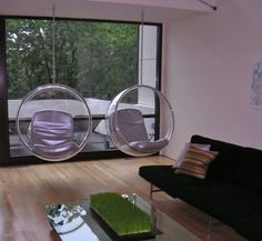 Eero Aarnio Bubble Chair With White Seat Cushion