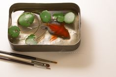 Chai Soong Ng Coins grass long tail goldfish (Acrylic on Resin)