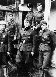 A group of veteran Finnish officers from the Wiking Division photographed in early 1943. Top row: Mauri Sautio, Heikki Mansala, Kauko Ingerö. Bottom row: Olli Somersalo, Kalervo Kurkiala, Yrjö Tenomaa.
