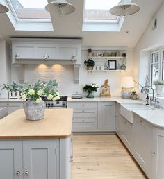 So we're getting another heatwave this week then! When I was designing the kitchen extension I was originally all for a huge roof lantern… Cosy Kitchen, Open Plan Kitchen Living Room, Kitchen Dining Living, Home Decor Kitchen, Rustic Kitchen, Country Kitchen, Kitchen Interior, Home Kitchens, Kitchen Diner Extension
