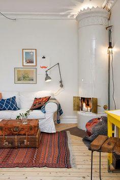 Love the room decor Traditional Swedish Stoves (kakelugn)...