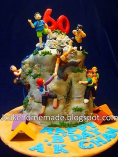 I like the 2 holding hands, they just also need a rope Birthday Bbq, 40th Birthday Cakes, Happy Birthday, Mountain Bike Cake, Mountain Climbing, Fondant Cakes, Cupcake Cakes, Cupcakes, Rock Climbing Cake