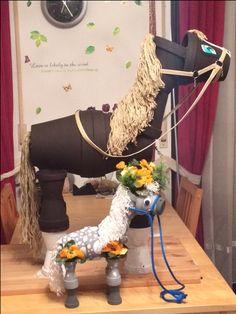 Größen-Vergleich der beiden Pferde. Höhe 40cm & 90 cm
