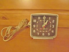 US $14.99 Used in Collectibles, Clocks, Modern (1970-Now)