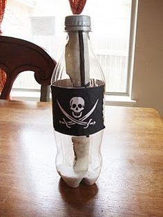 Pirate crafts Save bottles, or water bottles to create. TREASURE MAP (craft BOTTLE (craft Have kids make treasure maps for each other to find things around the school Pirate Day, Pirate Life, Pirate Birthday, Pirate Theme, Boy Birthday, Birthday Parties, Birthday Ideas, Pirate Activities, Pirate Crafts