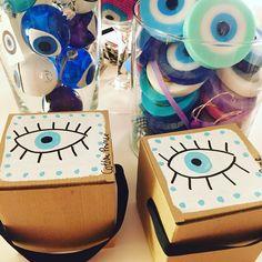 packaging evil eyes Evil Eye Art, Turkish Eye, Human Body Parts, Gods Eye, Hamsa Hand, Polymer Clay Crafts, Stone Art, Cool Eyes, Catcher