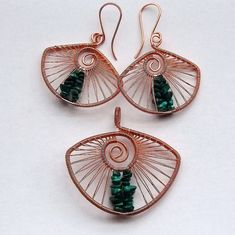 Copper and malachite earring and pendant set by izabako, via Flickr