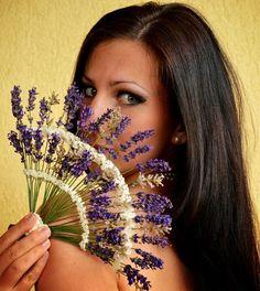 Lavender Wands, Lavender Crafts, Lavender Wreath, Lavender Garden, Lavender Fields, Lavender Flowers, Dried Flowers, Nature Crafts, Flower Crafts