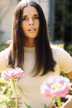 Ali MacGraw, 1970, what an absolutely Gorgeous and Talented Young Lady!!