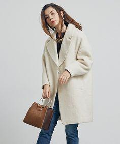 UNITED TOKYO WOMENS(ユナイテッドトウキョウウィメンズ)のモヘアシャギーコート(チェスターコート)|ホワイト