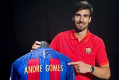 André Gomes was born in Grijó (Porto, Portugal) on 30 July 1993. He began his career with CD Arahelense and played there until October 18, 2012, when he debuted with SL Benfica in a friendly against Gil Vicente FC. He went on to play in 41 games and won a League, a Taça de Portugal, and Portuguese League Cup.