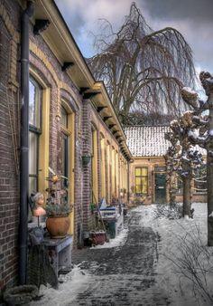 Hofje Middengasthuis (1873). Kleine Rozenstraat. Groningen. The Netherlands.                                                                                                                                                     More