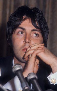 Paul McCartney. Great  photo! those eyes.