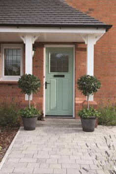 Ideas For House Front Door Entrance Interiors Front Door Canopy, Oak Front Door, Front Door Porch, Green Front Doors, House Front Door, Front Door Colors, House With Porch, Front Porches, Porch Roof