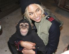 bey show her appreciation for the adorable lil'..monkey!