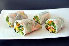 Китайский рецепт Спринг-роллов с овощами и разными соусами