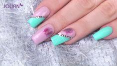 #trend #style #rosa #jade #nails Die Farbkombination von Rosa und Jade übt einen ganz besonderen Reiz aus. Die beiden zarten Farben harmonieren nämlich hervorragend miteinander. Hier findest Du die entsprechenden Produkte: https://www.prettynailshop24.de/shop/trendstyle-nailart-rosa-jade-video_1556.html?utm_source=pinterest&utm_medium=referrer&utm_campaign=pi_TS_RosaJade0318