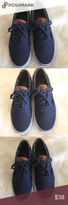 6bbfbbfaa0d Vans Of The Wall Men 10.5 Blue 721356 Vans OF The Wall in great condition  size
