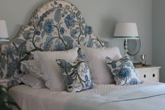 The Enchanted Home: Bloggers beautiful abodes.....Mel of Georgica Pond!