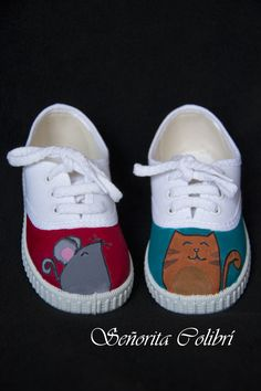 zapatillas pintadas a mano Best Baby Shoes, Creative Shoes, Hand Painted Shoes, Baby Feet, Crazy Shoes, Custom Shoes, Shoe Brands, Branding Design, Footwear