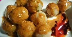 Cara membuat cilok - Cilok merupakan makanan khas dari Jawa Barat. Sebutan Cilok adalah sebuah singkatan, yaitu aci dicolok. Pelajari cara membuat cilok goreng, isi, kuah, sederhana, BAndung, goang, tahu, enak, pedas. Cara bikin cilok bumbu kacang, kuah, ayam, krispi yang enak..