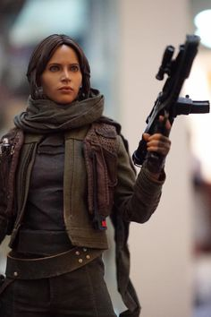 Hot Toys Display Reveals New Rogue One 1/6 Scale Figures - The Toyark - News