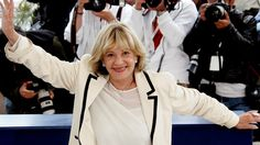 Jeanne Moreau: French screen icon and star of Jules et Jim, dies at 89 https://tmbw.news/jeanne-moreau-french-screen-icon-and-star-of-jules-et-jim-dies-at-89  Actress Jeanne Moreau, one of French cinema's biggest stars of the last 60 years, has died at the age of 89.Moreau is probably best known for her role in Francois Truffaut's 1962 new wave film Jules et Jim.She won a number of awards including the best actress prize at Cannes for Moderato Cantabile in 1960.She also worked with Orson…