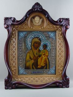 Иверская икона Б.М. в киоте Orthodox Icons, Enamels, Virgin Mary, Silver Enamel, Ikon, Crosses, Macrame, Clock, Carving