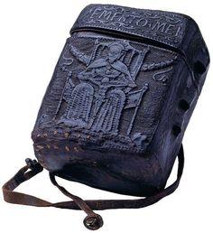 15th century book box