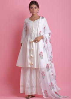 #white #readymade #anarkali #suit #stylish #indian #salwar #kameez #eid #dresses #pakistani #suits #heavy #work #dupatta #ootd Pakistani Suits, Pakistani Dresses, Eid Dresses, Readymade Salwar Kameez, Latest Dress Design, Cotton Anarkali, White Kurta, Print Chiffon, Saree Styles