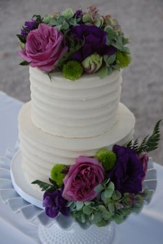 2 tier wedding cake with florals