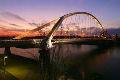 Puente de la Braqueta, Spain Beautiful Architecture, Art And Architecture, Cable Stayed Bridge, Steel Bridge, Places In Spain, Bridge Design, Suspension Bridge, Balearic Islands, Archipelago