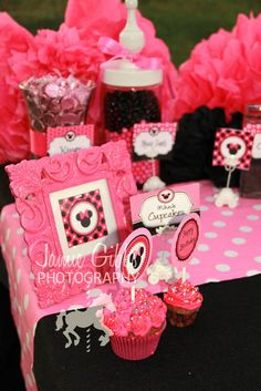 Minnie party. love the frosting swirls on the front cupcake to look like lots of flowers