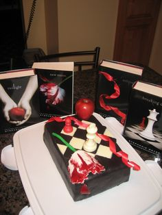 Twilight birthday cake 2010