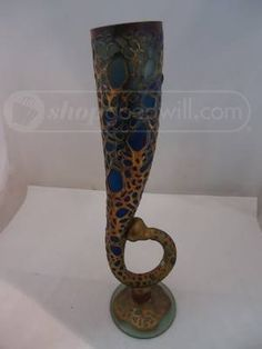 shopgoodwill.com: AMA Art Glass Vase With Handle