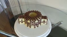 Globe Theatre Cake Globe Theatre, Theater, Globe Cake, School Projects, Shakespeare, Cake Decorating, Kitchens, Easy Meals, Cakes