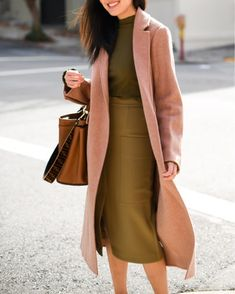dress and coat outfit Fall Fashion Trends, Winter Fashion, Fall Trends, Fashion Spring, Fashion Bloggers, Fashion Brands, Ludwig Therese, Workwear Skirts, Fall Outfits