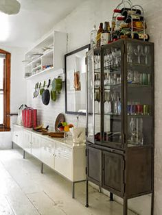 Renata Ortiz - Interior Design: Cristaleiras.
