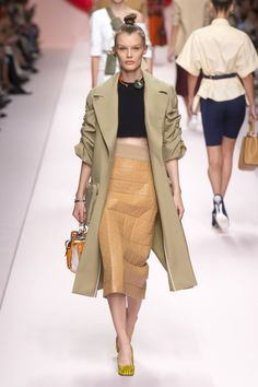 faf2f1c612b Fendi Spring 2019 Ready-to-Wear Fashion Show Collection: See the complete  Fendi