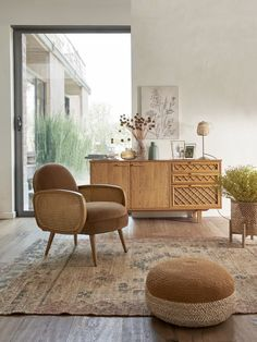 La Redoute Interiors furniture and decoration fall winter 2020 2021 the catalog is online! - PLANETE DECO a homes world Decor, Farm House Living Room, Living Room Colors, Living Room Design Inspiration, Living Room Dyi, Living Room Decor, Living Room Trends, Rustic Living Room, Simple Living Room