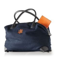 Warm and wooly chic handbag http://rstyle.me/n/vkgg5nyg6